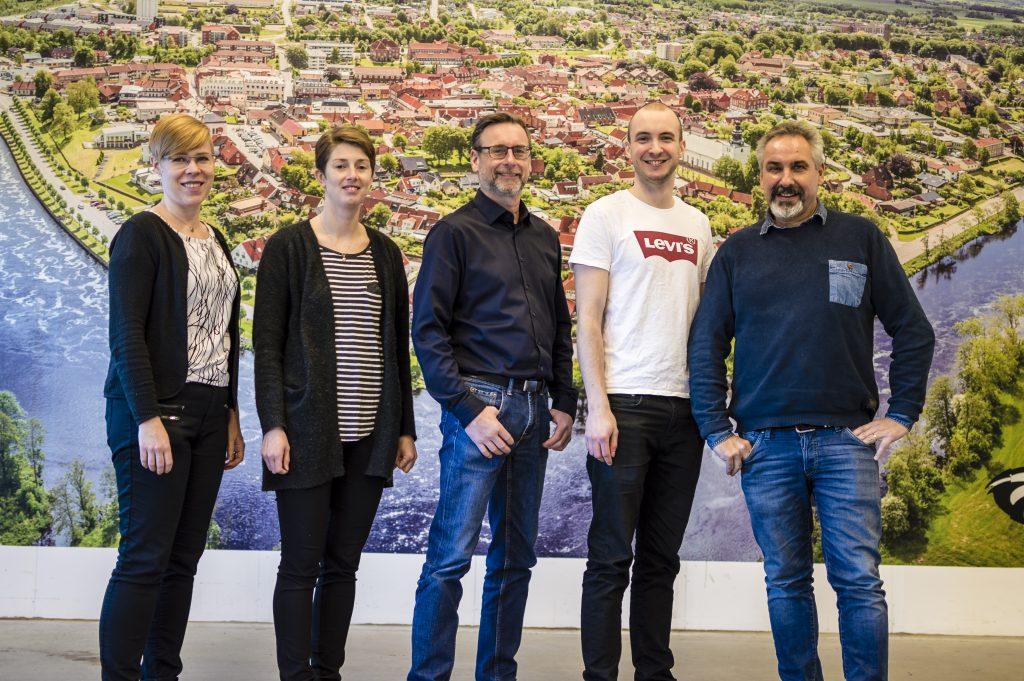 Bild på personalen hos Dekorcenter i Laholm